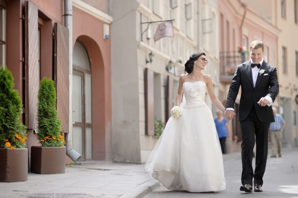 lightroom-wedding-presets-free-download-city-street